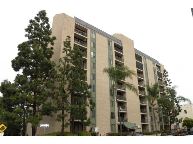 Main Photo: DOWNTOWN Condo for sale : 2 bedrooms :  in San Diego