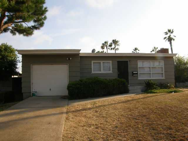 Main Photo: OCEAN BEACH House for sale : 2 bedrooms : 4393 Santa Cruz Ave in San Diego