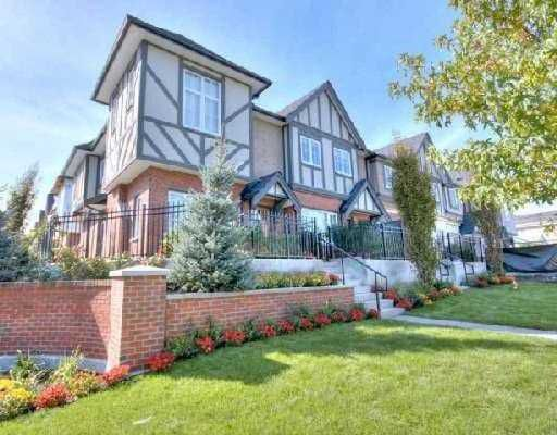 """Main Photo: 6161 OAK Street in Vancouver: South Granville Townhouse for sale in """"CARRINGTON"""" (Vancouver West)  : MLS®# V745819"""