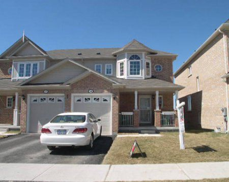 Main Photo: 59 Maple ridge Cres.: Freehold for sale : MLS®# n644952