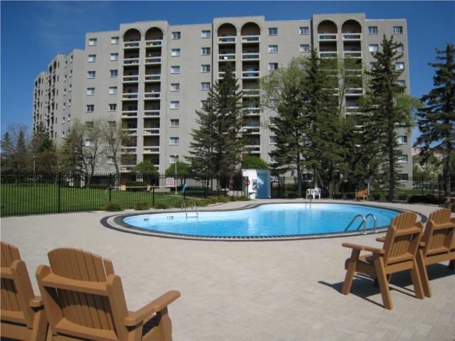 Main Photo: 3030 Pembina Highway in WINNIPEG: Fort Garry / Whyte Ridge / St Norbert Condominium for sale (South Winnipeg)  : MLS®# 1004230