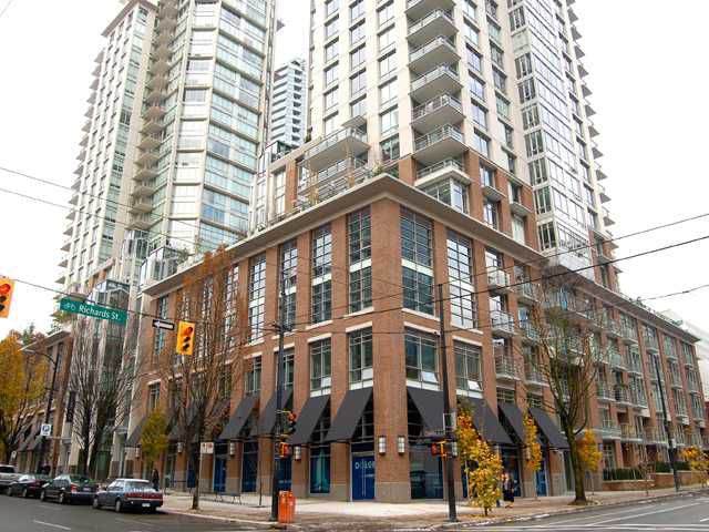 """Main Photo: 1205 535 SMITHE Street in Vancouver: Downtown VW Condo for sale in """"DOLCE AT SYMPHONY PLACE"""" (Vancouver West)  : MLS®# V859110"""
