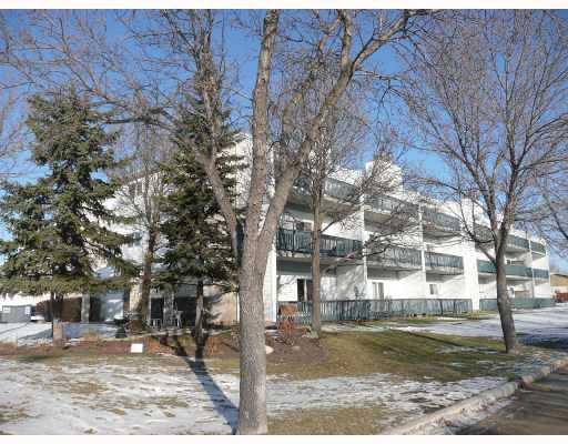 Main Photo: 1661 PLESSIS Road in WINNIPEG: Transcona Condominium for sale (North East Winnipeg)  : MLS®# 2822006