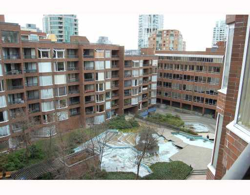 "Main Photo: 814 1330 BURRARD Street in Vancouver: Downtown VW Condo for sale in ""ANCHOR POINT 1"" (Vancouver West)  : MLS®# V757308"