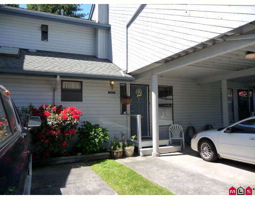 """Main Photo: 15911 ALDER Place in Surrey: King George Corridor Townhouse for sale in """"ALDERWOOD"""" (South Surrey White Rock)  : MLS®# F2912007"""