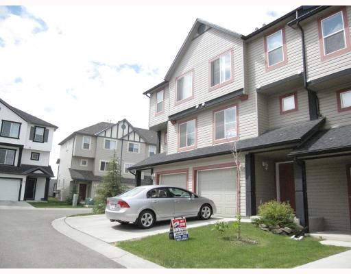 Well maintained townhome complex both inside and out.