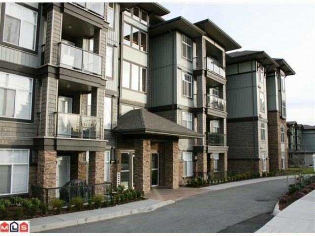 """Main Photo: 107 2068 SANDALWOOD Crescent in Abbotsford: Central Abbotsford Condo for sale in """"THE STERLING"""" : MLS®# F1018946"""
