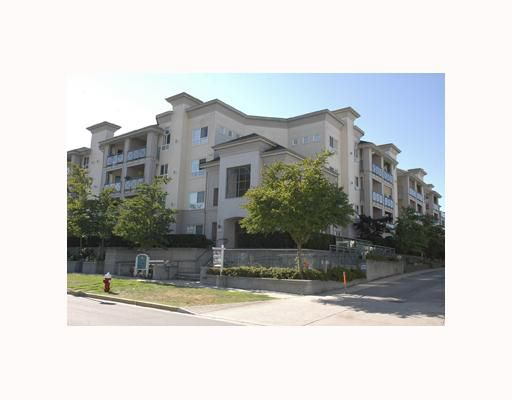 "Main Photo: 218 5500 ANDREWS Road in Richmond: Steveston South Condo for sale in ""SOUTHWATER"" : MLS®# V747194"