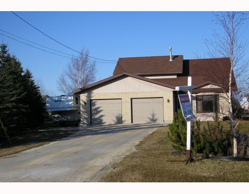 Main Photo: 15 DARSE Crescent in STONYMTN: Argyle / Balmoral / Grosse Isle / Gunton / Stony Mountain / Stonewall / Marquette / Warren / Woodlands Residential for sale (Winnipeg area)  : MLS®# 2905624