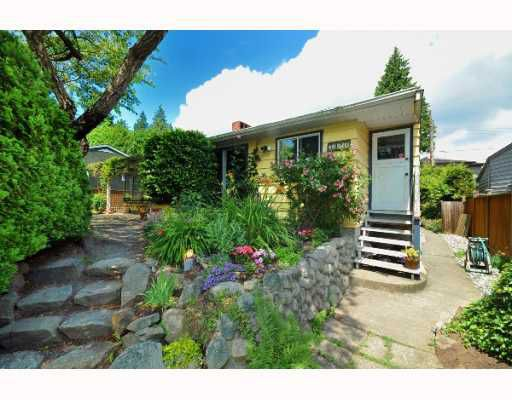 Main Photo: 4085 W 41ST Avenue in Vancouver: Dunbar House for sale (Vancouver West)  : MLS®# V772821