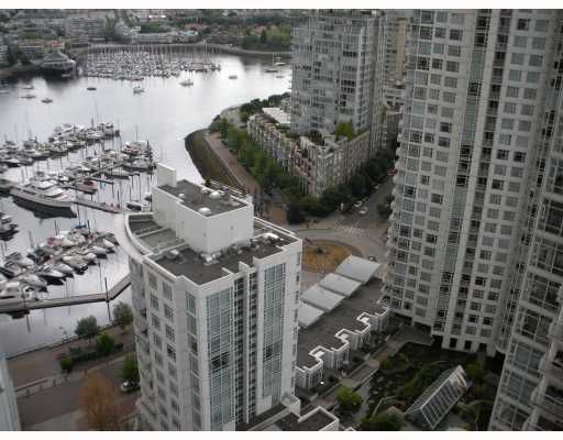 """Main Photo: 3003 193 AQUARIUS MEWS BB in Vancouver: False Creek North Condo for sale in """"MARINASIDE RESORT RESIDENCE"""" (Vancouver West)  : MLS®# V773721"""