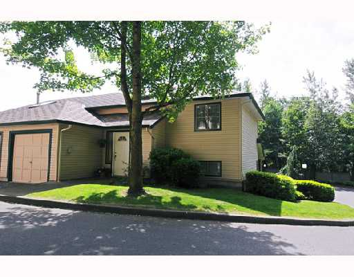 """Main Photo: 19 21960 RIVER Road in Maple_Ridge: West Central Townhouse for sale in """"FOXBOROUGH HILLS"""" (Maple Ridge)  : MLS®# V719249"""