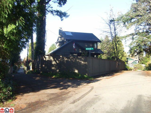 """Main Photo: 2665 MAPLE Street in Surrey: Crescent Bch Ocean Pk. House for sale in """"CRESCENT BEACH VILLAGE"""" (South Surrey White Rock)  : MLS®# F1027843"""