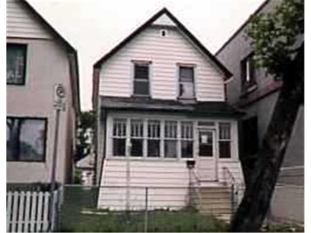 Main Photo: 650 SIMCOE Street in WINNIPEG: West End / Wolseley Residential for sale (West Winnipeg)  : MLS®# 9616302