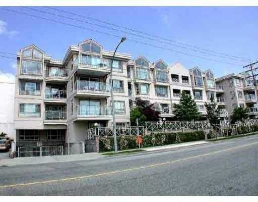 Main Photo: 210 525 AGNES ST in New Westminster: Downtown NW Condo for sale : MLS®# V547836