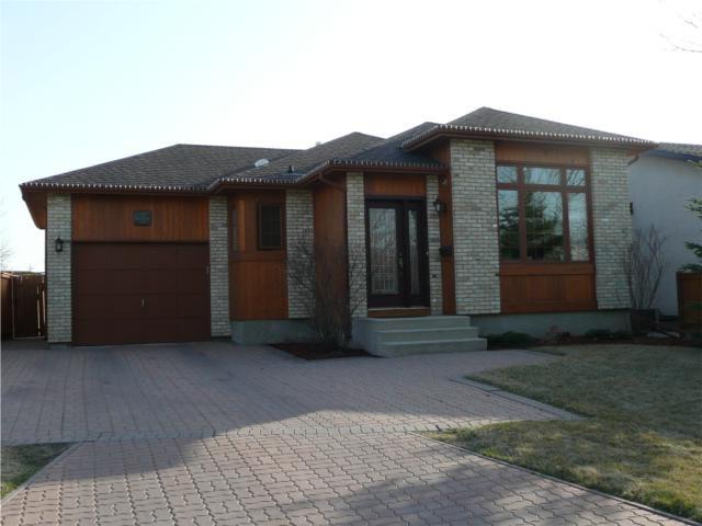 Main Photo: 117 SKOWRON Crescent in WINNIPEG: North Kildonan Residential for sale (North East Winnipeg)  : MLS®# 1006997