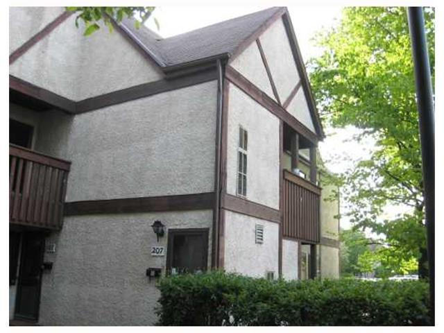 Main Photo: 72 111 SWINDON Way in WINNIPEG: River Heights / Tuxedo / Linden Woods Condominium for sale (South Winnipeg)  : MLS®# 2911205