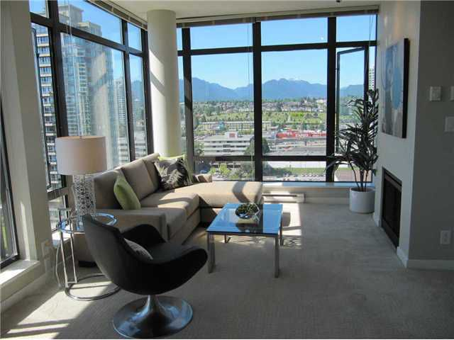 """Main Photo: 1904 2355 MADISON Avenue in Burnaby: Brentwood Park Condo for sale in """"OMA 1"""" (Burnaby North)  : MLS®# V841179"""