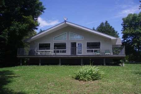 Main Photo: 27 Hillcrest Avenue in Kawartha L: House (Bungalow) for sale (X22: ARGYLE)  : MLS®# X1423183