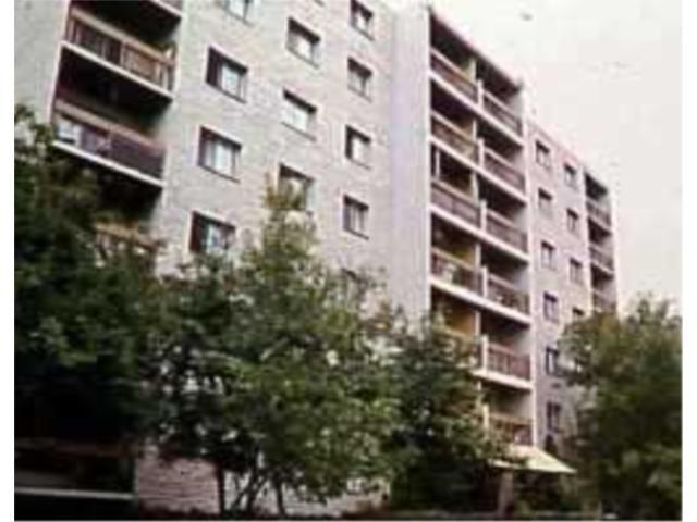 Main Photo: 261 QUEEN Street in WINNIPEG: St James Condominium for sale (West Winnipeg)  : MLS®# 2102575