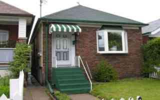 Main Photo:  in EAST YORK: House (1 1/2 Storey) for sale (E03: TORONTO)  : MLS®# E904629