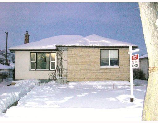 Main Photo: 819 MACHRAY Avenue in WINNIPEG: North End Residential for sale (North West Winnipeg)  : MLS®# 2900390