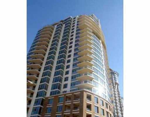 """Main Photo: 902 120 MILROSS Avenue in Vancouver: Mount Pleasant VE Condo for sale in """"THE BRIGHTON"""" (Vancouver East)  : MLS®# V760243"""