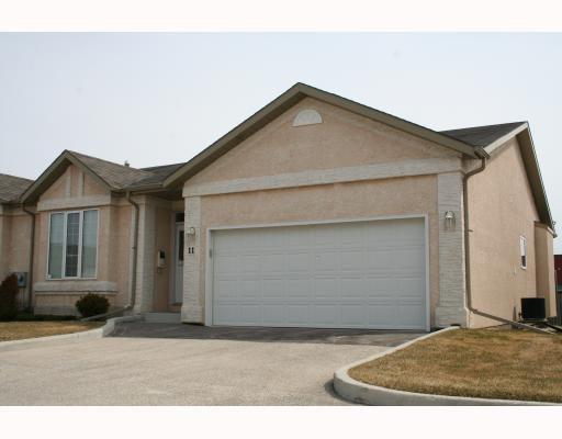 Main Photo: 123 VICTOR LEWIS Drive in WINNIPEG: River Heights / Tuxedo / Linden Woods Condominium for sale (South Winnipeg)  : MLS®# 2906543