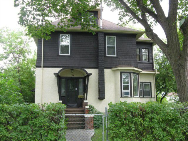 Main Photo: 124 LAWNDALE Avenue in WINNIPEG: St Boniface Residential for sale (South East Winnipeg)  : MLS®# 1015775