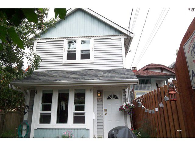 Main Photo: 834 UNION Street in Vancouver: Mount Pleasant VE House 1/2 Duplex for sale (Vancouver East)  : MLS®# V853256