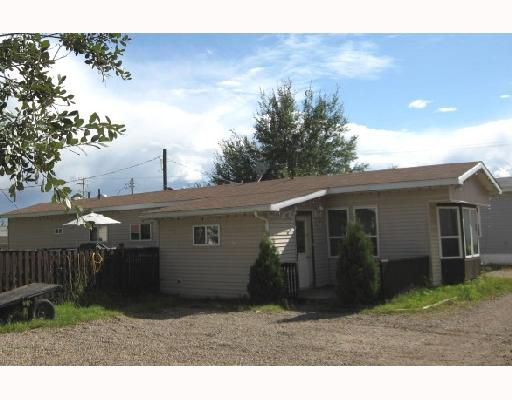 "Main Photo: 4 4603 50TH Avenue in Fort_Nelson: Fort Nelson -Town Manufactured Home for sale in ""MIDNIGHT SUN PARK"" (Fort Nelson (Zone 64))  : MLS®# N186413"