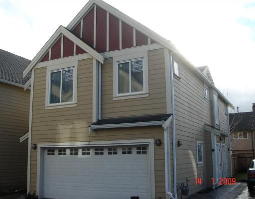 """Main Photo: 1 5280 WILLIAMS Road in Richmond: Steveston North Townhouse for sale in """"HOLLY VILLAS"""" : MLS®# V777433"""