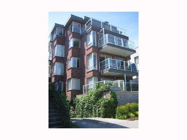 "Main Photo: 203 2368 CORNWALL Street in Vancouver: Kitsilano Condo for sale in ""BEACHVIEW TERRACE"" (Vancouver West)  : MLS®# V813927"