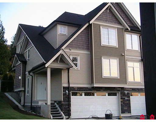 """Main Photo: 1 46832 HUDSON Road in Sardis: Promontory Townhouse for sale in """"CORNERSTONE HAVEN"""" : MLS®# H2805630"""