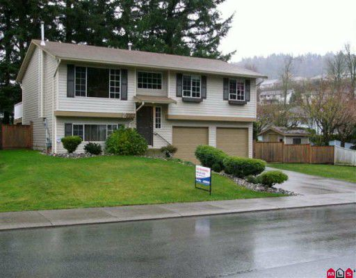 "Main Photo: 3302 VERNON Terrace in Abbotsford: Abbotsford East House for sale in ""TEN OAKS"" : MLS®# F2926584"