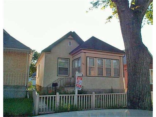 Main Photo: 608 BEVERLEY Street in WINNIPEG: West End / Wolseley Residential for sale (West Winnipeg)  : MLS®# 2510401