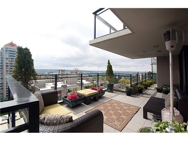 """Main Photo: 1604 720 HAMILTON Street in New Westminster: Uptown NW Condo for sale in """"GENERATIONS"""" : MLS®# V829371"""