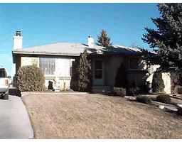 Main Photo:  in Calgary: Cedarbrae Residential Detached Single Family for sale : MLS®# C9930010