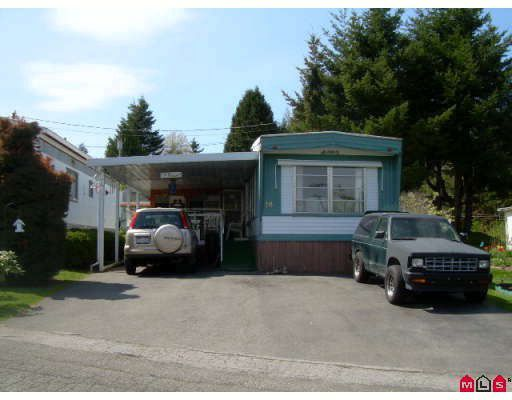 "Main Photo: 18 6280 KING GEORGE Highway in Surrey: Sullivan Station Manufactured Home for sale in ""WHITE OAKES"" : MLS®# F2909270"