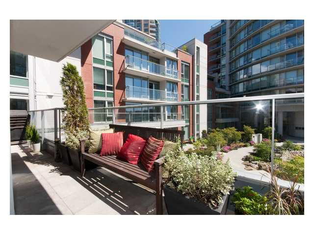 "Main Photo: 501 618 ABBOTT Street in Vancouver: Downtown VW Condo for sale in ""FIRENZE 3"" (Vancouver West)  : MLS®# V829777"