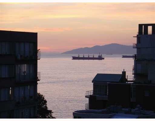 """Main Photo: 706 1330 HARWOOD Street in Vancouver: West End VW Condo for sale in """"Westsea Tower"""" (Vancouver West)  : MLS®# V766918"""
