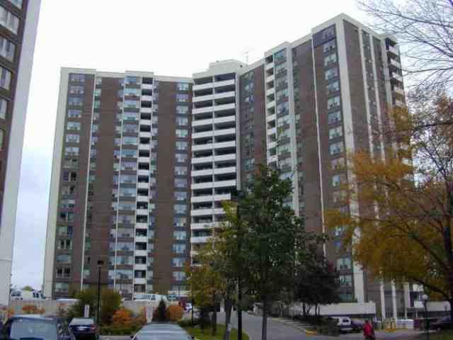 Main Photo: 02 15 Vicora Linkway in Toronto: Condo for sale (E03: TORONTO)  : MLS®# E1775412