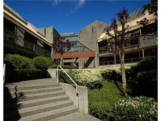 """Main Photo: 309 8451 WESTMINSTER Highway in Richmond: Brighouse Condo for sale in """"ARBORETUM 2"""" : MLS®# V817113"""