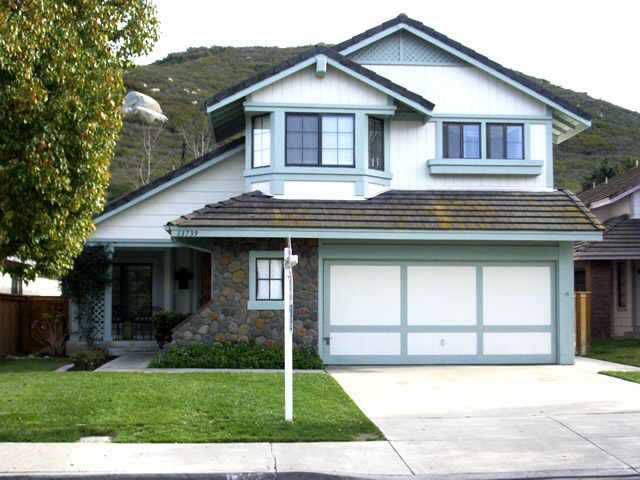 Main Photo: CARMEL MOUNTAIN RANCH Residential for sale : 3 bedrooms : 13739 Stoney Gate Pl in San Diego