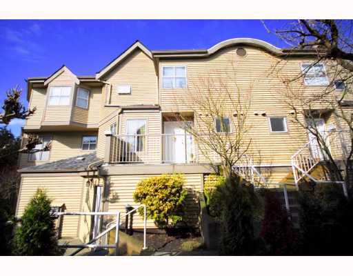 """Main Photo: A2 925 TOBRUCK Avenue in North Vancouver: Hamilton Townhouse for sale in """"KENSIGATON GARDENS"""" : MLS®# V762629"""
