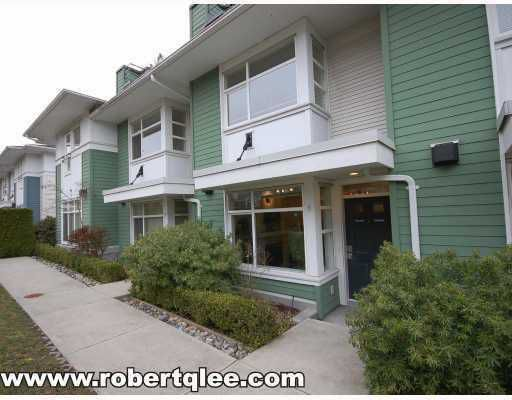 """Main Photo: 9 6539 ELGIN Avenue in Burnaby: Forest Glen BS Townhouse for sale in """"OAKWOOD"""" (Burnaby South)  : MLS®# V779083"""
