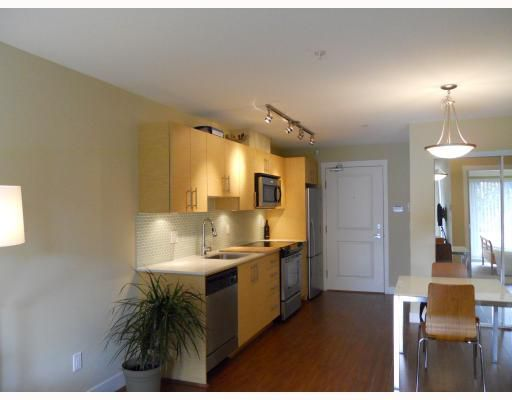 "Main Photo: 106 1533 E 8TH Avenue in Vancouver: Grandview VE Condo for sale in ""CREDO"" (Vancouver East)  : MLS®# V787357"