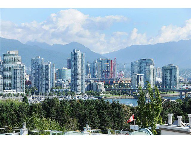 Main Photo: 305 910 W 8TH Avenue in Vancouver: Fairview VW Condo for sale (Vancouver West)  : MLS®# V850404