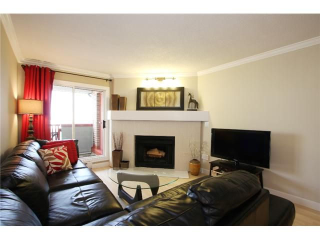 "Main Photo: 306 7511 MINORU Boulevard in Richmond: Brighouse South Condo for sale in ""CYPRESS POINT"" : MLS®# V864088"