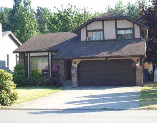 """Main Photo: 2345 CAMERON CR in Abbotsford: Abbotsford East House for sale in """"Glenview Estates"""" : MLS®# F2615191"""